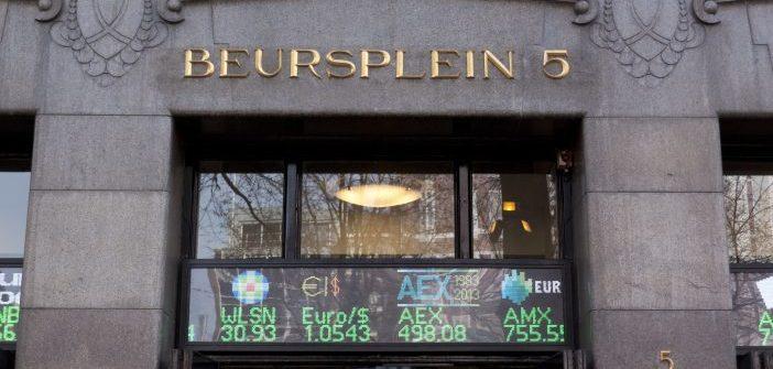 AEX reageert rustig op afblazen Iran-deal, maar olie plust flink