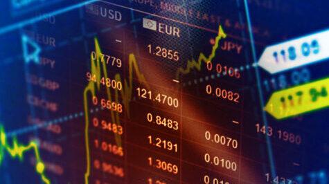De keuze tussen beheerd beleggen of zelfstandig beleggen